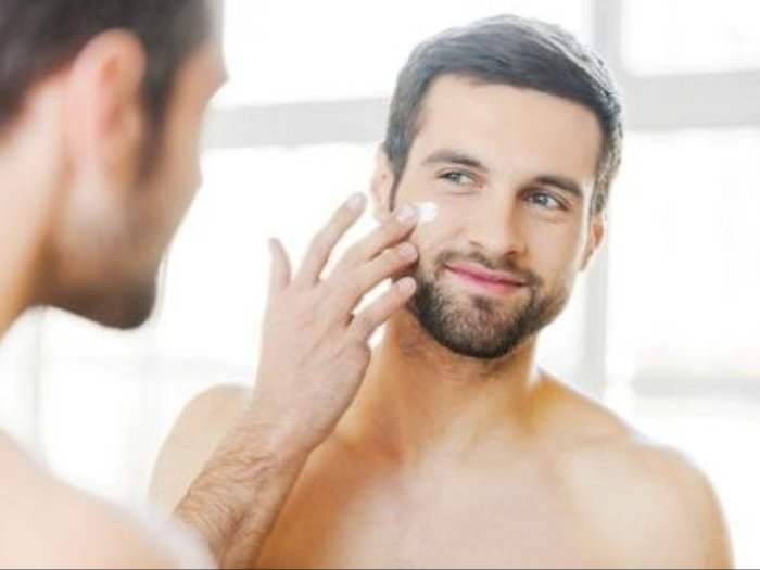 Buat Kaum Pria, Gunakan 5 Skincare Ini untuk Menunjang Penampilanmu