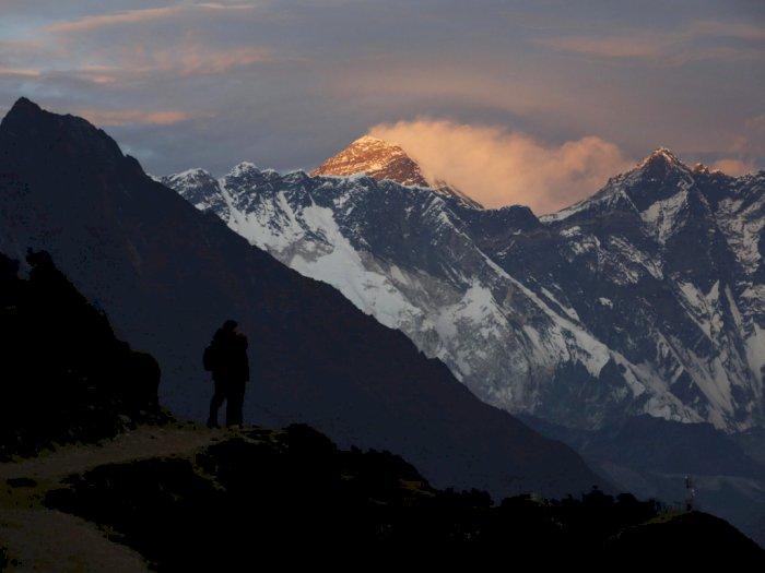 Nepal Membatasi Pendaki ke Himalaya