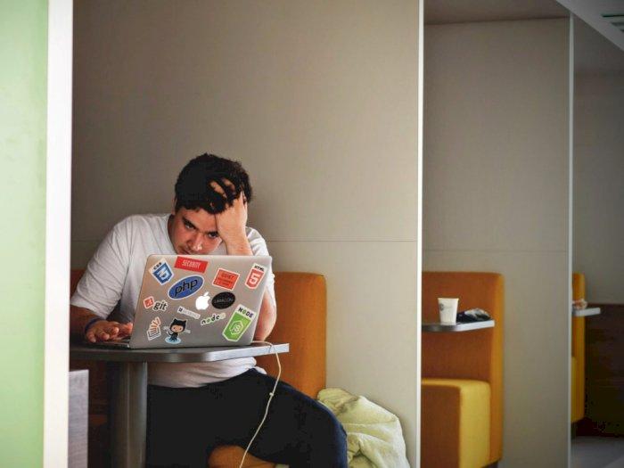 Tenangkan Dirimu, Kendalikan Stres saat Kerja dengan Cara Berikut