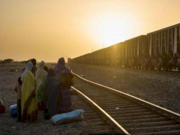 Membelah Gurun Sahara dengan Kereta Api, Bagaimana Rasanya?
