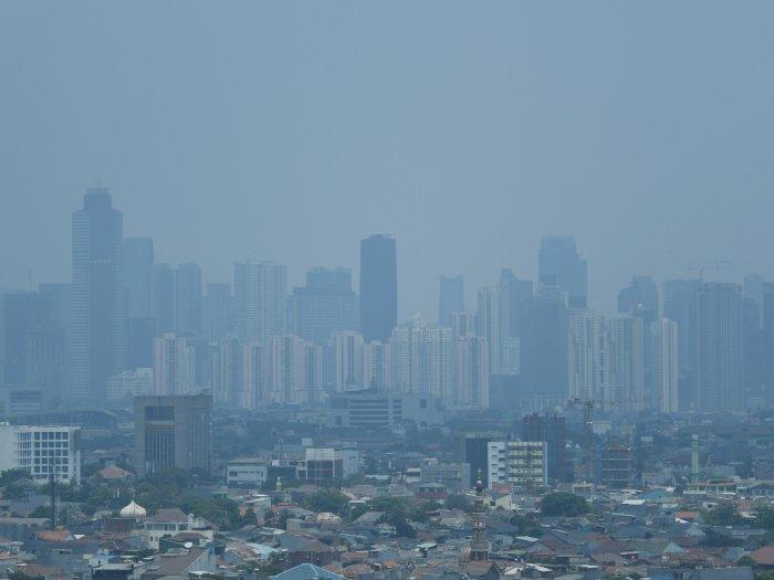 Pilek Alergi Jadi Salah Satu Gangguan Pernapasan Karena Polusi Udara