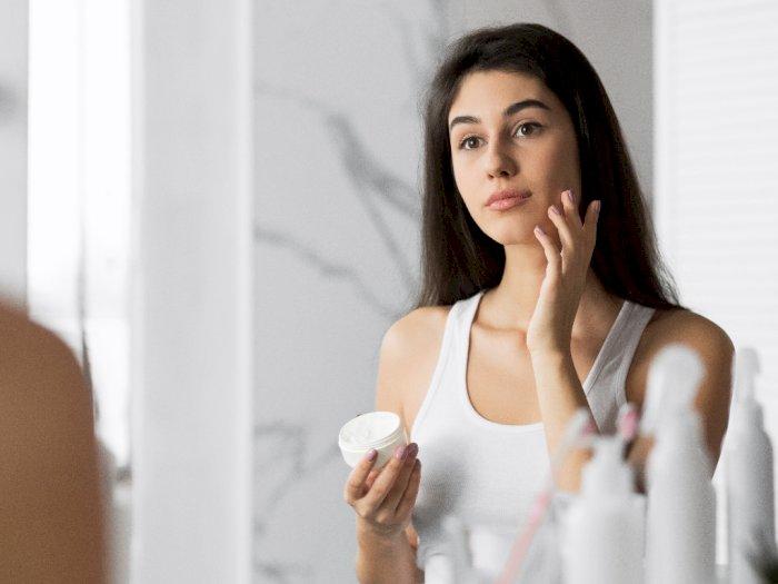 Penggunaan Essence Redam Peningkatan Melanin dan Flek Hitam pada Wajah