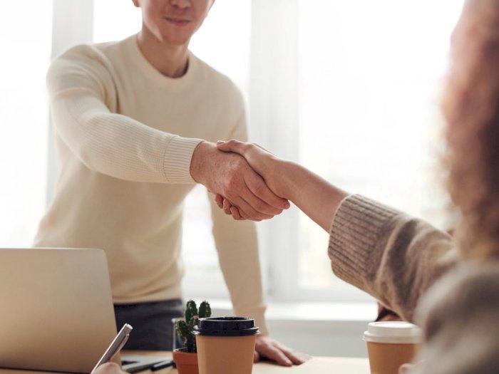 5 Cara Mengatasi Cemas saat Interview Kerja, Biar Percaya Diri