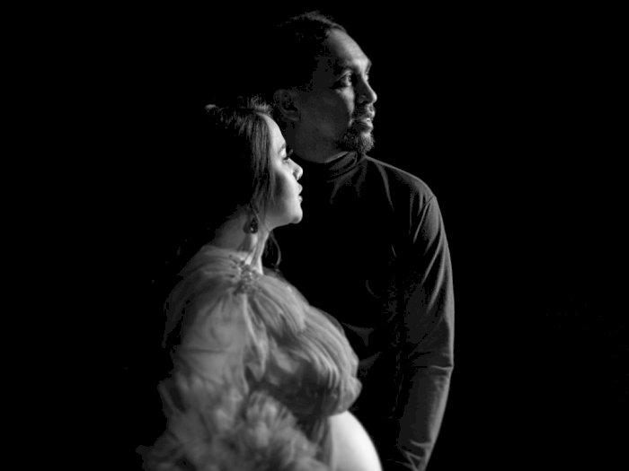 Cerita Pilu Tompi Dibalik Momen Pemotretan Kehamilan Mutia Ayu