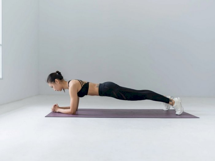 Ini Manfaat Plank Jika Rutin Dilakukan Setelah Bangun Tidur