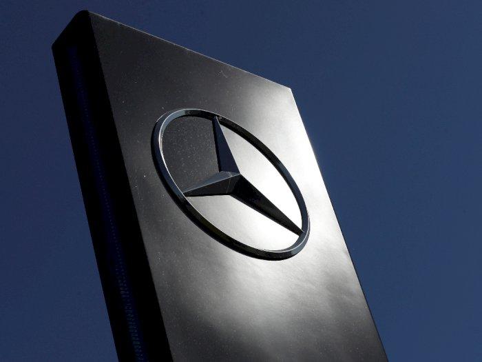 Untuk Mengatasi Kerugian, Daimler Memangkas Terus Biaya Produksi