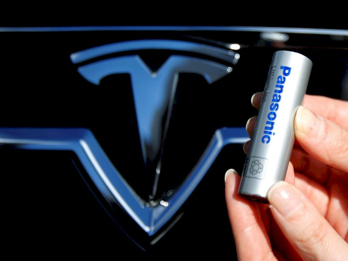 Panosonic : Kami akan Meningkatkan Kapasitas Baterai Tesla Hingga 20%