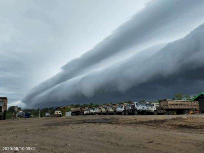 Viral Awan Mirip Gelombang Tsunami di Aceh, Begini Kata BMKG