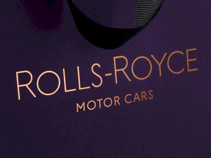 Rolls-Royce Perkenalkan Logo Baru yang Tampil Lebih Simpel dan Elegan!