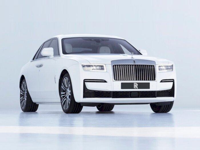 Melihat Penampilan Mobil Rolls-Royce Ghost 2021 dengan Tampilan Mewah!