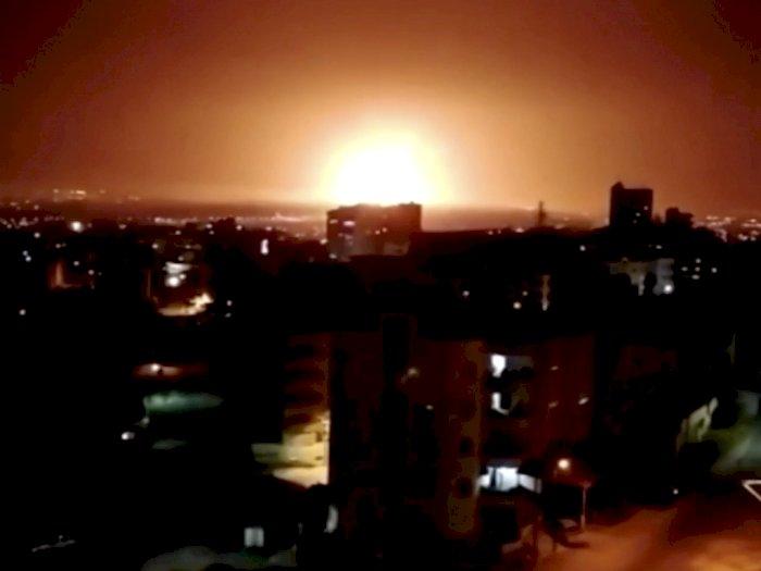 FOTO: Ledakan Besar di Kota Zarqa