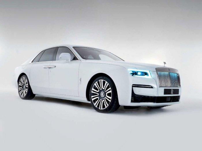 Rolls-Royce Dilaporkan Sedang Kembangkan Mobil Listrik Pertamanya