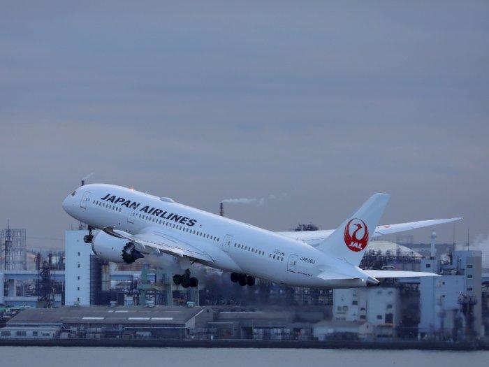 Japan Airlines Jadi Maskapai Asia Pertama yang Terapkan Kesetaraan Gender