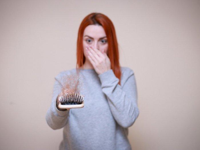 Hentikan 4 Kebiasaan Buruk Ini Jika Tak Ingin Rambut Rusak