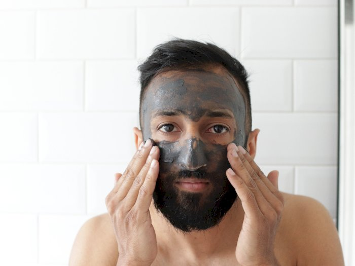 3 Rekomendasi Produk Multi Masking yang Atasi Berbagai Masalah Kulit Pada Pria