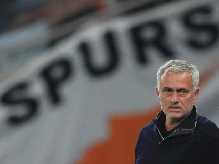 Klasemen Sementara Liga Primer: Spurs Posisi 6, Bagi Mourinho Terlalu Dini untuk Menilai