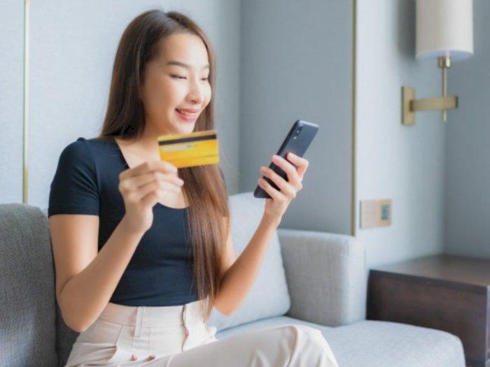 Nggak Selamanya Merugikan, Ini Manfaat dari Penggunaan Kartu Kredit