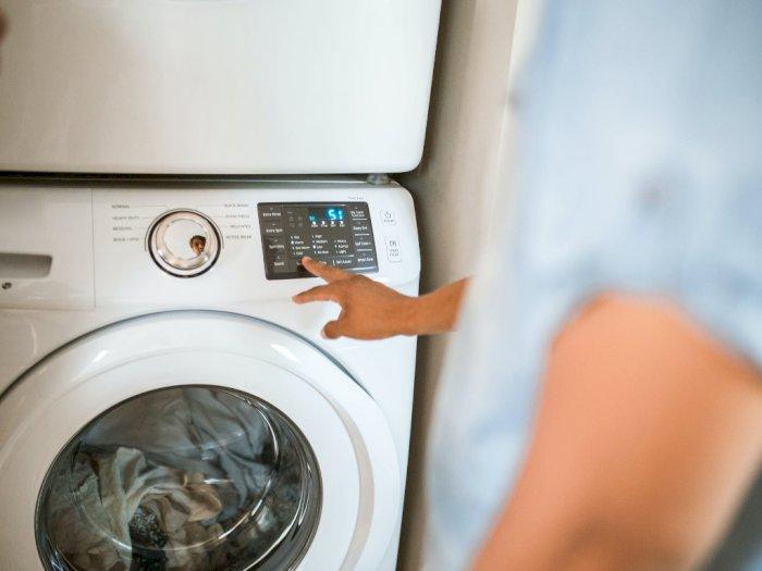 Bingung Pilih Mesin Cuci Bukaan Atas atau Depan? Ini Pertimbangannya!