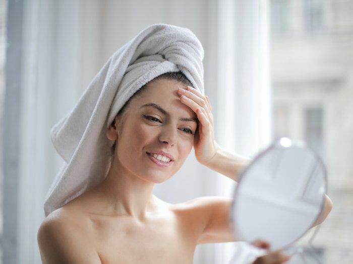 3 Rekomendasi Skincare untuk Mengurangi Munculnya Kerutan