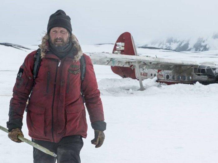 Sinopsis 'Arctic (2018)' - Film Terbaik Survival di Tengah Kutub Utara
