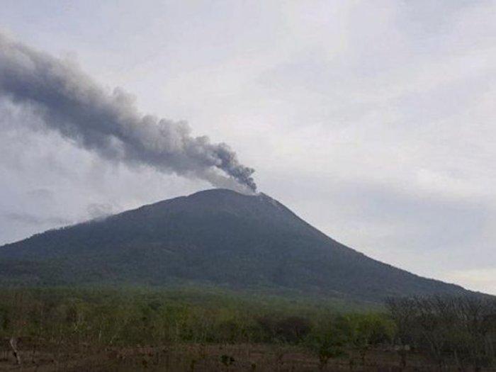 Erupsi Kembali Terjadi, Status Gunung Ili Lewotolok jadi Level Siaga