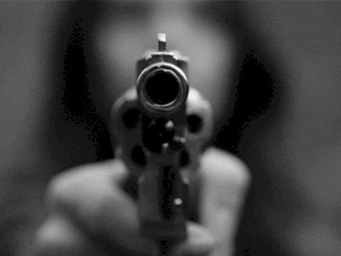 Todong Senjata Api kepada Polisi, Ginting Diamankan Warga Dibawa ke Polsek Delitua