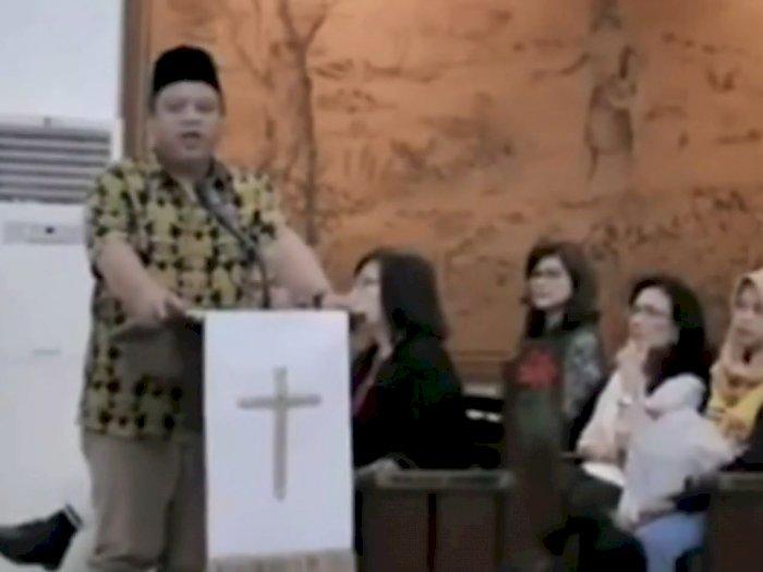 Viral Video Ustadz Ceramah di Dalam Gereja Saat Natal: Baru Kali Gemuruhnya Waalaikumsalam