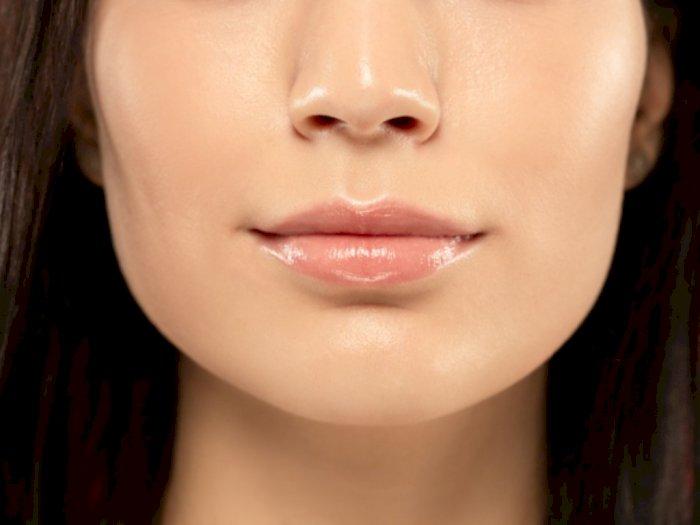 Cara Memerahkan Bibir Gelap Secara Permanen dengan Bahan Alami