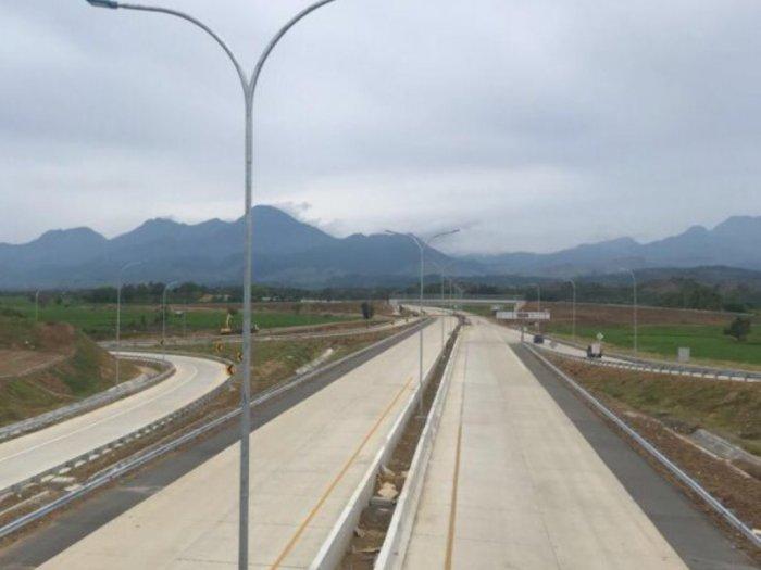 Tol Sigli-Banda Aceh Masih Sepi, Hanya 500 Pengendara Melintas Setiap Hari