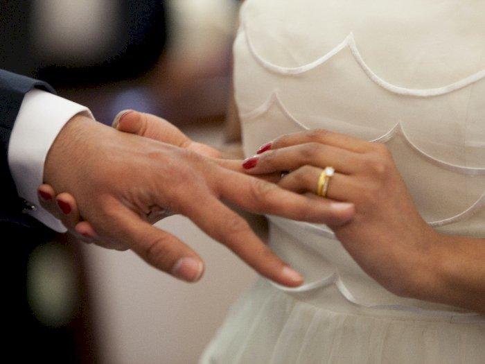 Tega, Pria Ini Menikahi Wanita Lain Pakai Uang Istrinya