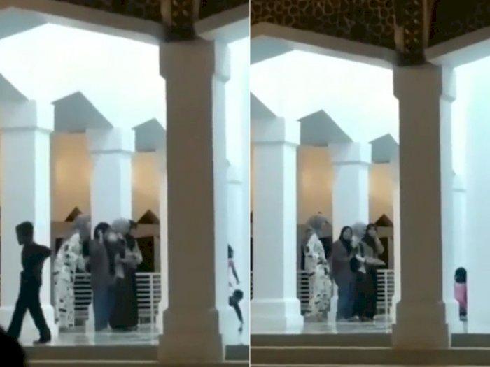 Cewek yang Joget TikTok di Masjid Minta Maaf: Gak Ada Niat Melecehkan Rumah Ibadah