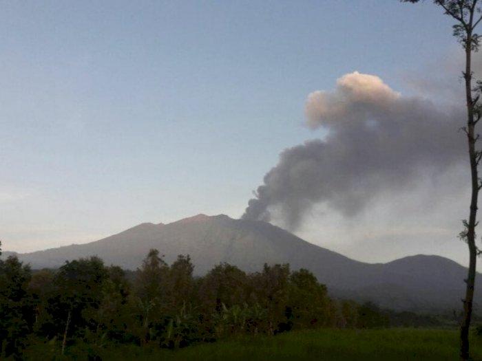 Abu Vulkanik Gunung Raung Sampai ke Banyuwangi, Kantor PPGA Raung Ikut Kena Imbas
