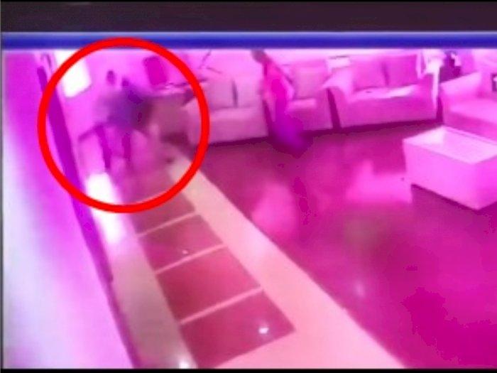 Detik-detik Video Anak Buah Anies Baswedan Ditusuk, Sempat Menghindar Namun Tak Terelakkan