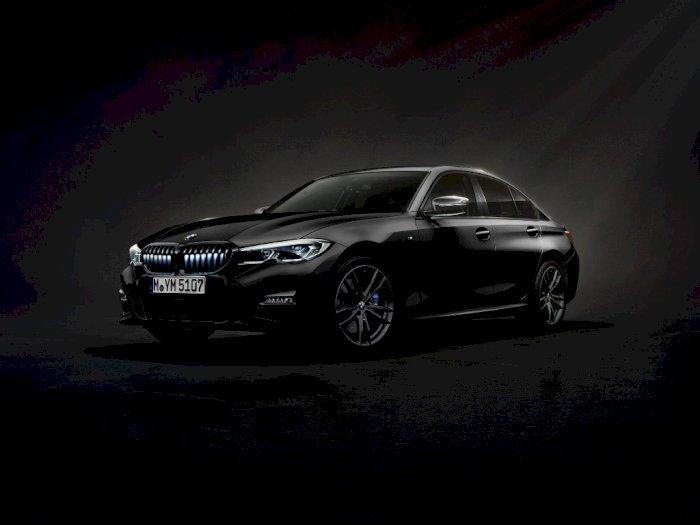 BMW 330i Iconic Edition Resmi Meluncur, Ini Spesifikasi dan Harganya!