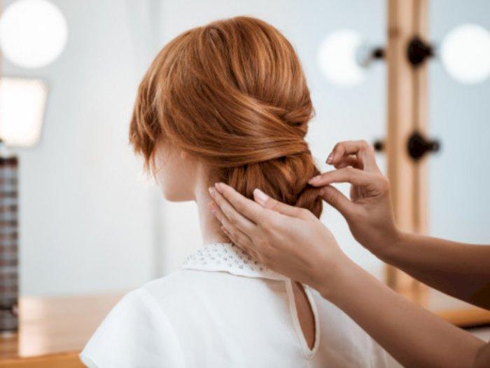 Supaya Gak Terlihat Tua, Hindari Gaya Rambut Seperti Ini Saat Kamu Berusia 30-an
