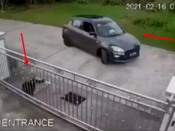 Adegan Membuka Pintu Mobil Ini Benar-benar Membuat Penontonnya Baper: Kapan Ya Diginiin...