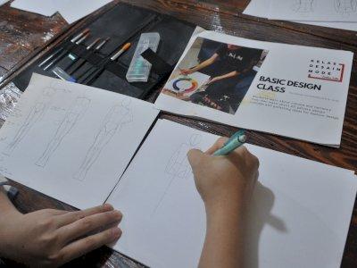 FOTO: Pelatihan Keterampilan Desain Kain di Palembang