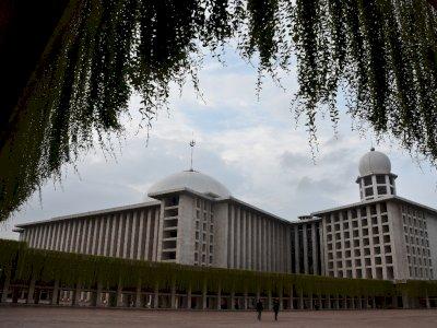Benarkah Masjid Istiqlal Yang di Jakarta Menghadap Ka'bah? Cek Video Ini!