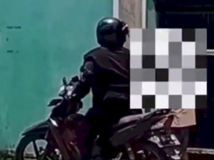 Video Bapak-bapak Suruh Sang Anak Tampar Temannya Sendiri Gara-gara Masalah Ini