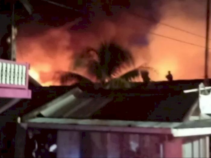 Mencekam! Detik-detik Api Lahap 25 Unit Rumah Warga, 79 Orang Terdampak, Ini Penyebabnya