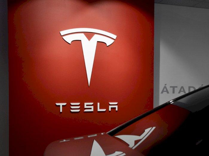 Studi Menyebut Daya Tarik Tesla di Pasar Mobil Listrik Mulai Menurun!