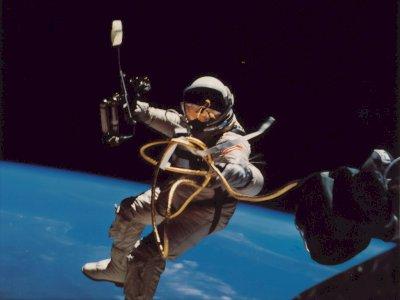 Menguak Cara Astronot Pakai Toilet di Stasiun Luar Angkasa