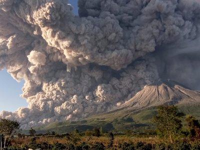 Abu Vulkanik Erupsi Gunung Sinabung Ternyata Sampai ke Aceh