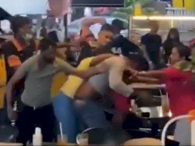 Tidak Puas dengan Makanan yang Disajikan, Seorang Pria Membuat Kerusuhan di Restoran