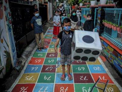 FOTO: Antipasi Kecanduan Gadget Dengan Permainan Tradisional di Bandung