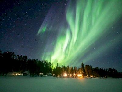 FOTO: Melihat Indahnya Aurora Borealis di Langit Finlandia