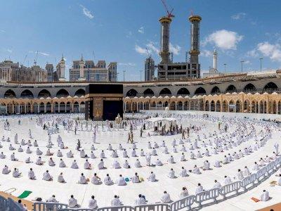 Jemaah Haji 2021 Wajib Menggunakan Vaksin COVID-19 Sebelum Melaksanakan Ibadah Haji