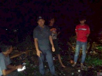 Kepergok! Dinas Lingkungan Hidup Tangkap Pembuang Limbah di Cianjur