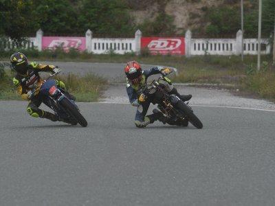 FOTO: Olahraga Balap Motor Kembali Menggeliat