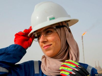 2 Wanita Irak Ini Pilih Berkarier di Pengeboran Minyak, Diketawain Kerja di Tempat Panas